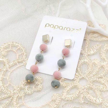 韓國製造-串串粉紅毛毛球耳環